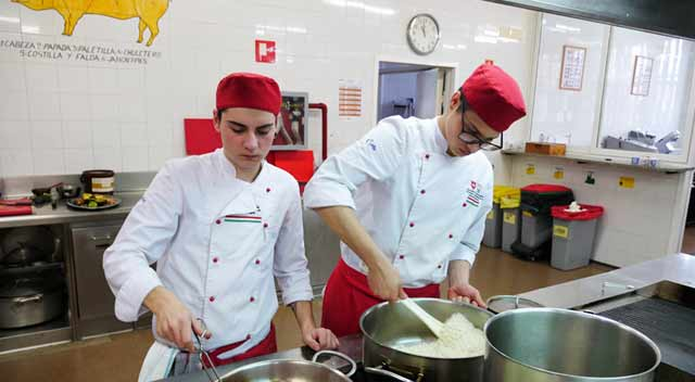 Topi zaragoza escuela de hosteler a topi una escuela internacional topi zaragoza - Escuela de cocina zaragoza ...