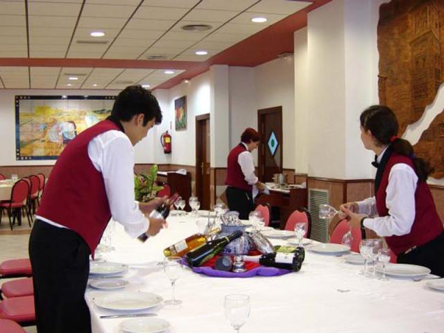 limpiar la mesa
